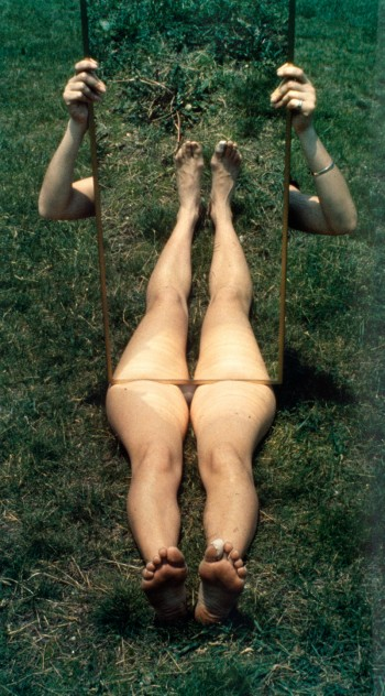 Joan Jonas, Mirror Piece