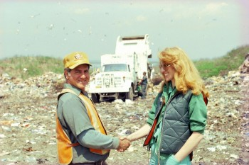 Mierle Laderman Ukeles, Touch Sanitation Performance: Fresh Kills Landfill