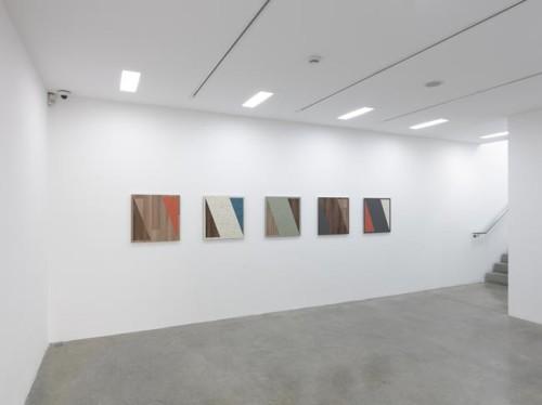 Haim Steinbach, Travel @ White Cube Mason's Yard, London
